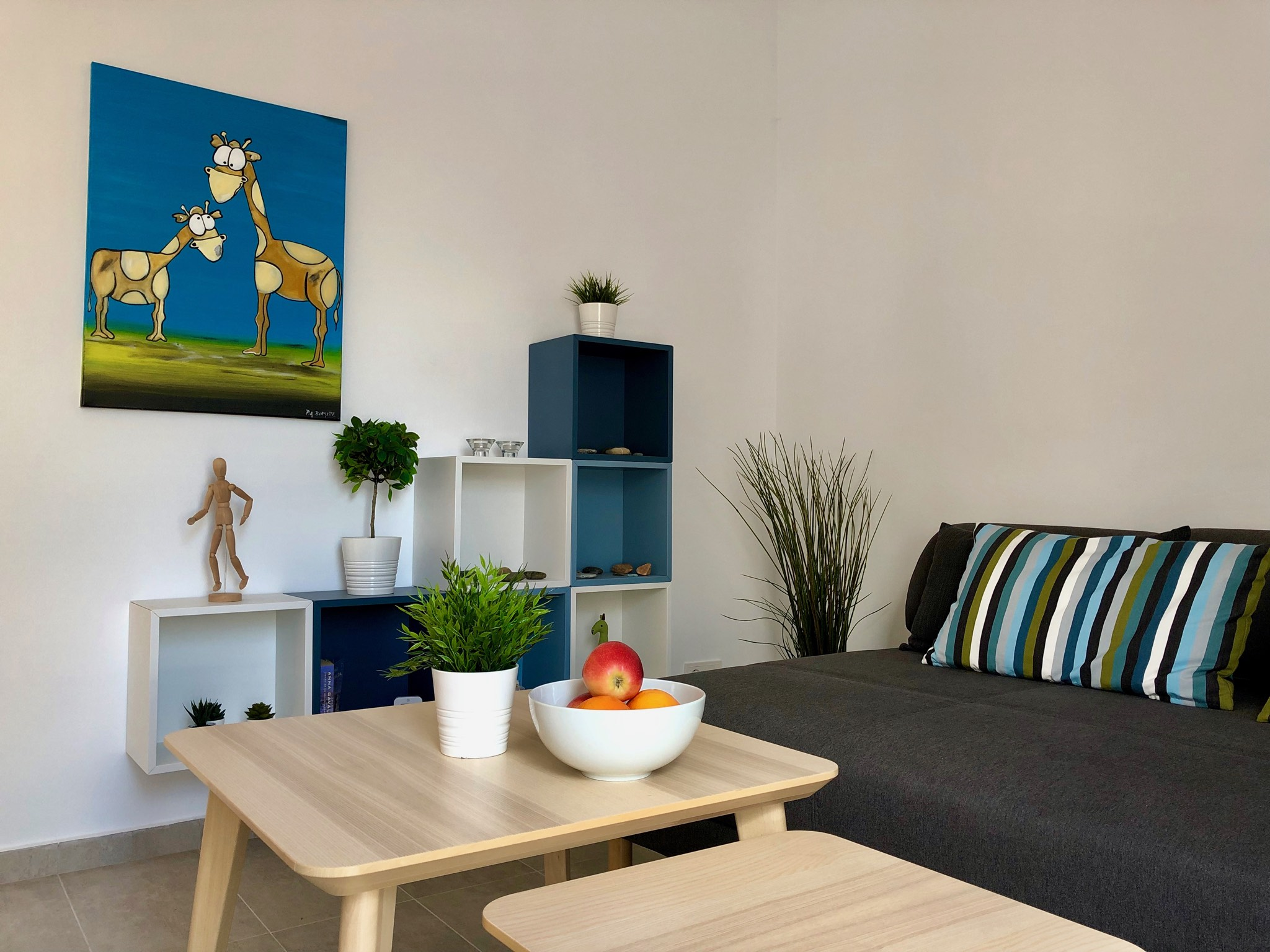 CN41 9 living room