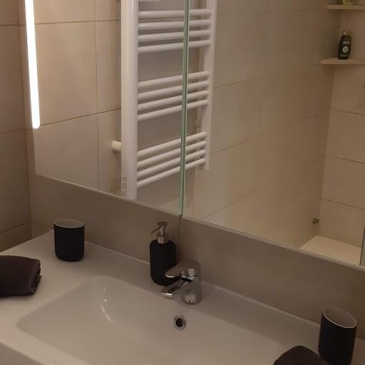 apartment 741 bath