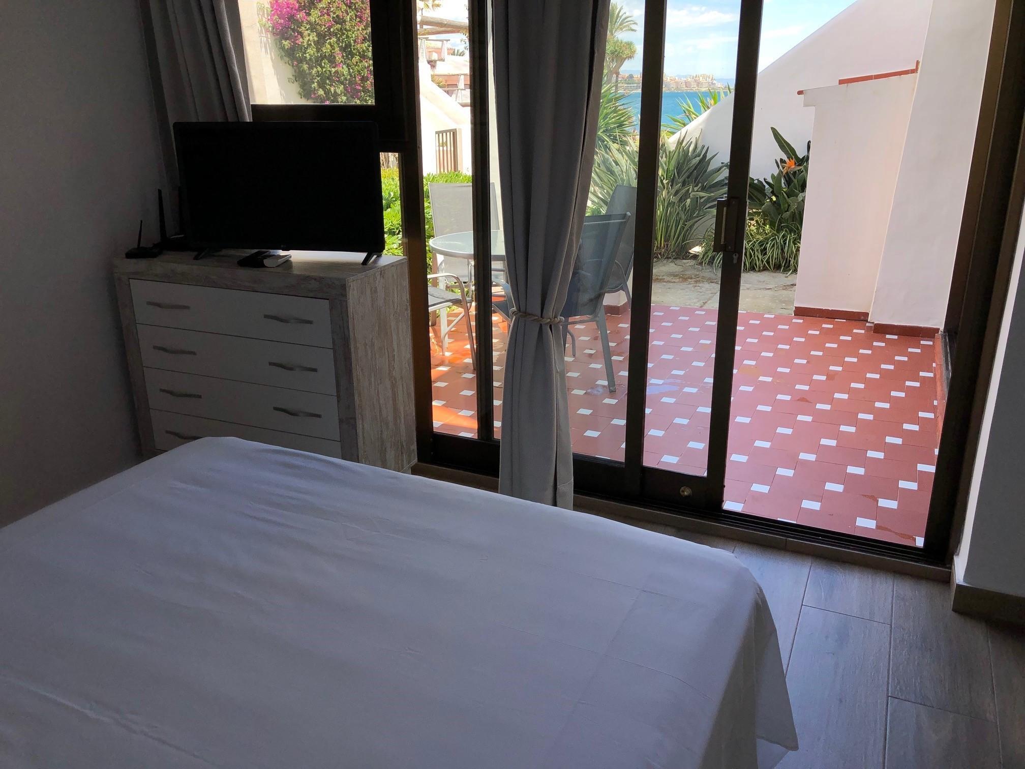 cama y view1