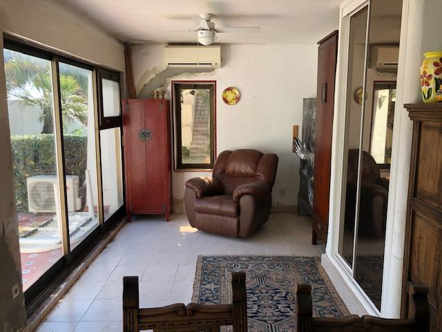 752 living room